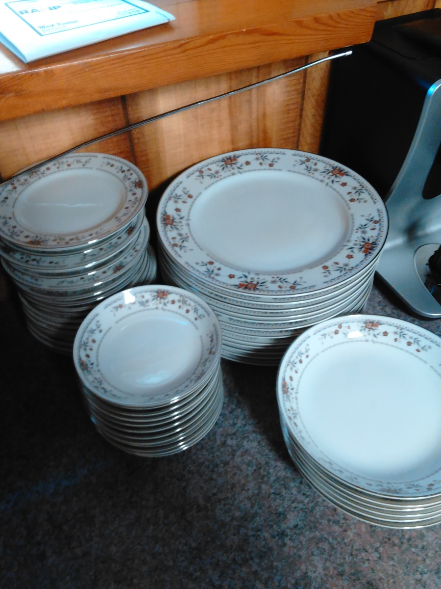 ... claremont porcelain fine China Japan. Looking to see how much they are worth before I let them go for less than what they are worth. & Claremont Porcelain Fine China | Artifact Collectors