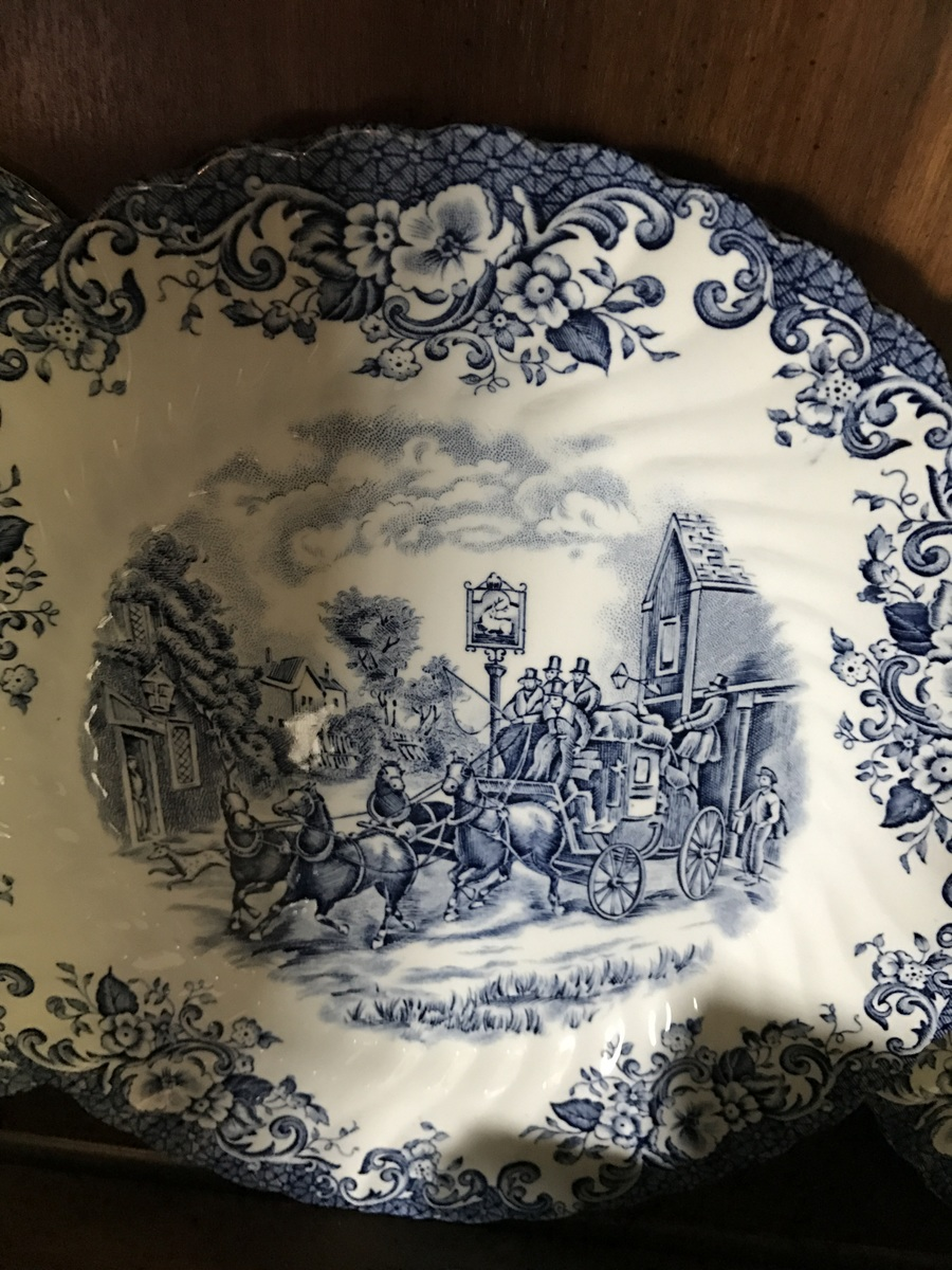 Also has 2 different By Appointment to her Majesty the queen and to H.M Queen Elizabeth the Queen Mother Manufacturers of ceramic tableware. & Value And History On My Johnson Brothers Dinnerware   Artifact ...