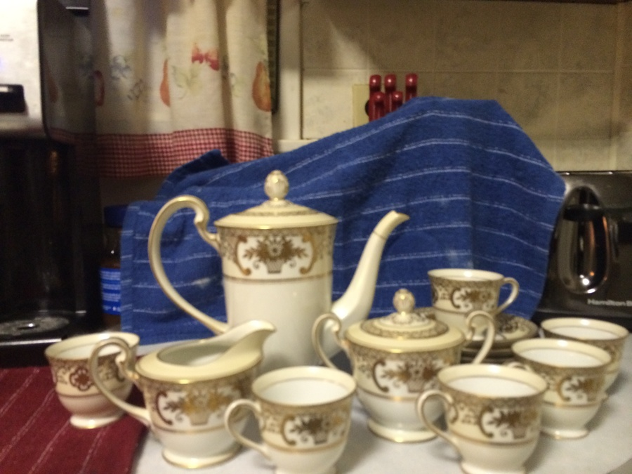 I Have A Japanese Tea Set Made By Noritake China It S A