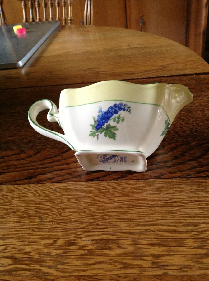 Royal Denby Staffordshire England regno 768985 blue and red larkspur? Patt... Guest 4 years ago & Royal Denby Staffordshire England Regno 768985 Blue And Red ...
