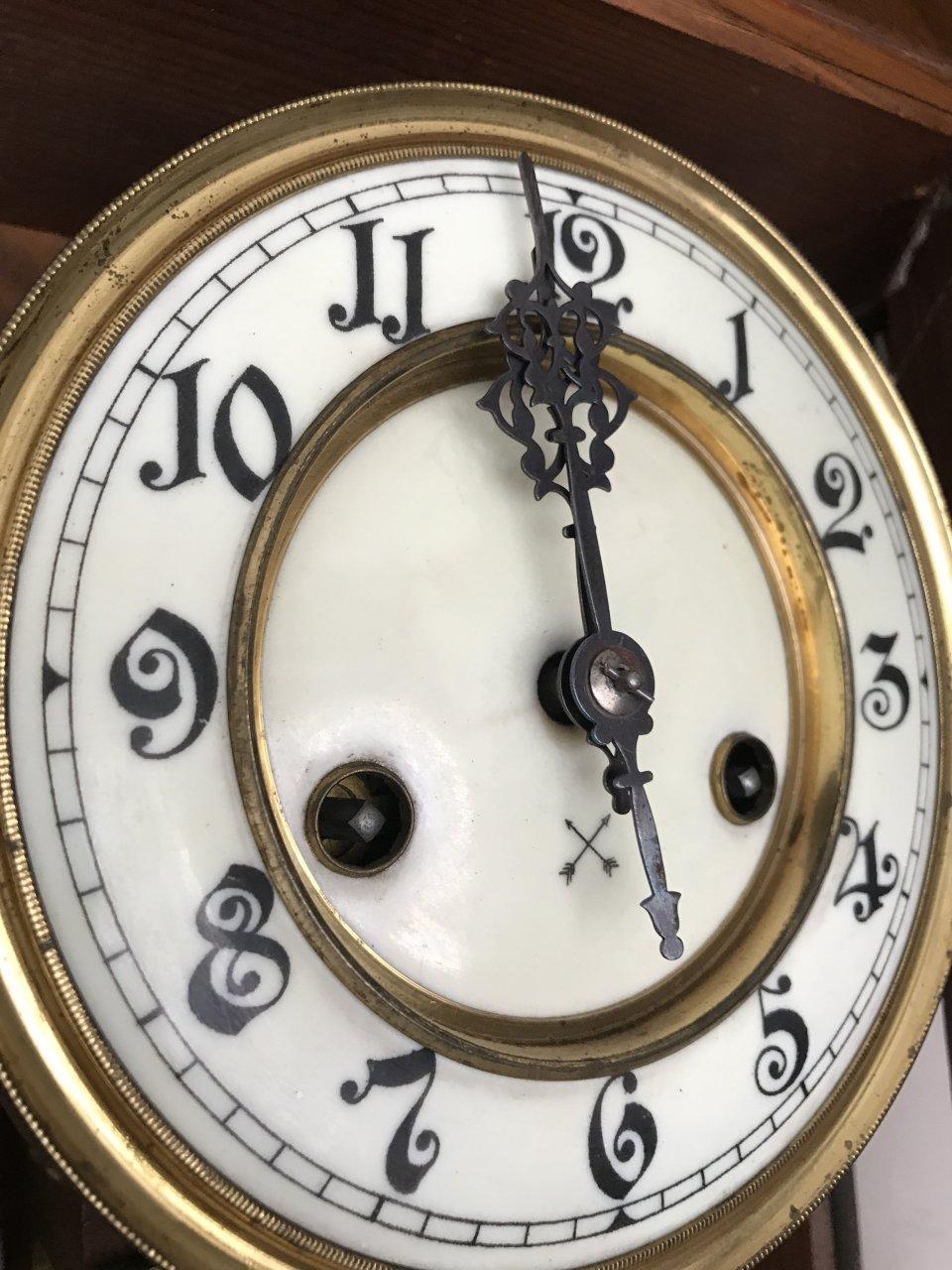 Crossed Arrow Clock Artifact Collectors