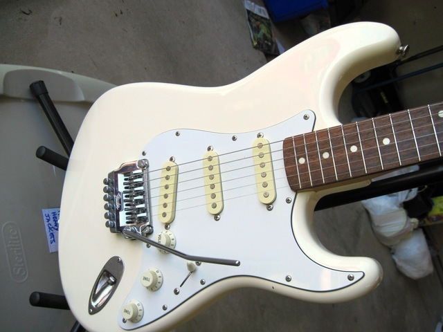 How to Date a Fender with Serial Numbers