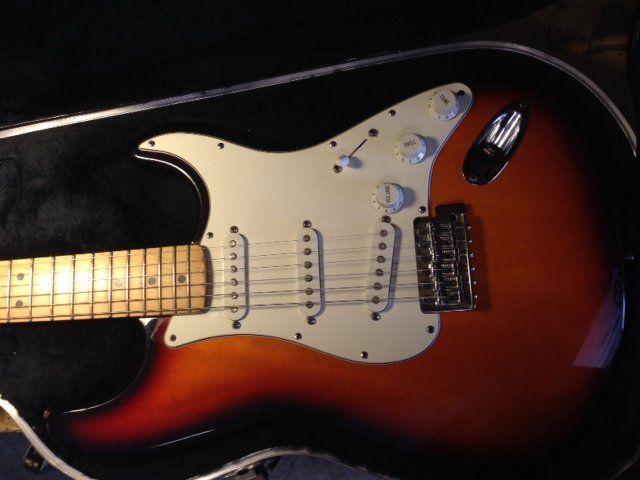 Mexican Strat 50th Anniversary Model Mn5205429 | Axe Central