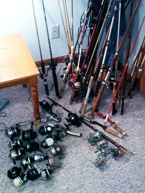 Hi I Have A Bunch Of Vintage Rod And Reels Ranging From