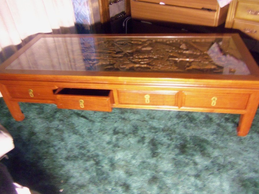 I Inherited A Coffee Table With Matching End Tables From