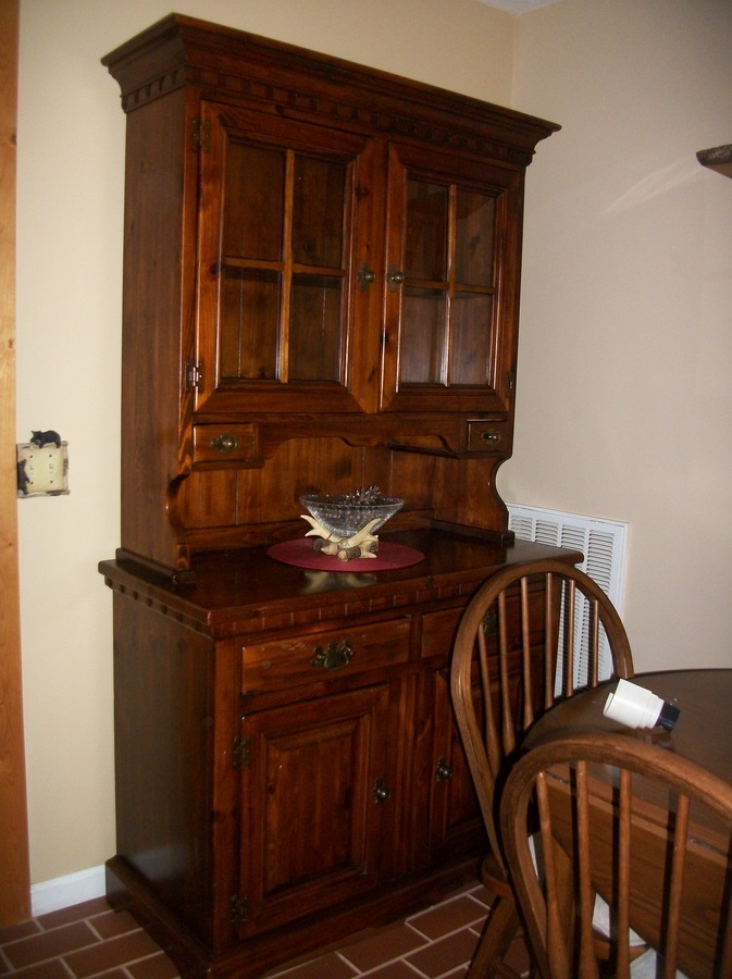 What Is My Link Taylor China Cabinet Worth? How Old Is It?