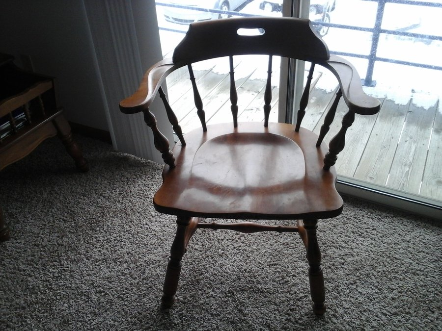 looking for ethan allen maple birch early american dining chairs