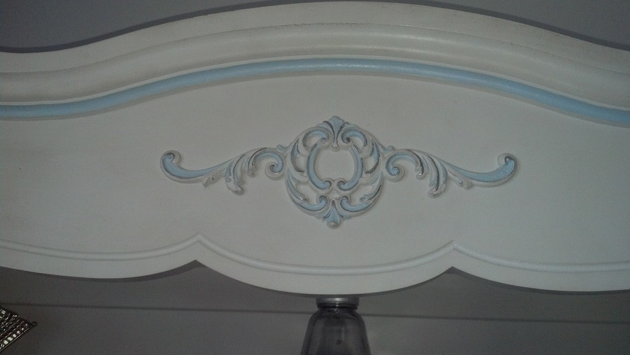 I Have A Henry Link French Provincial Multiple Piece Twin