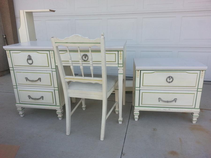 Revamp: Linear by Morris of California Desk  |Morris California Furniture