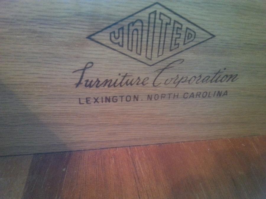 3 Piece Dresser Vintage Set United Furniture Corporation