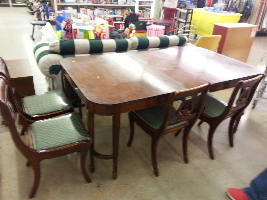 Unique Dining Set Chairs Look Duncan Phyfe Table Legs Odd?? | My ...