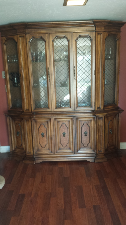 Century Furniture Of Distinction China Hutch Value My