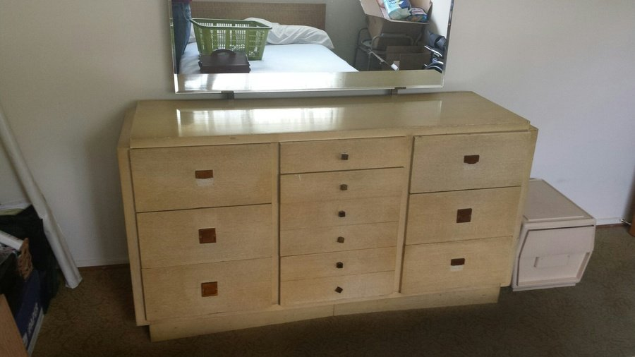 American Of Martinsville Blonde Mahogony Dresser Value