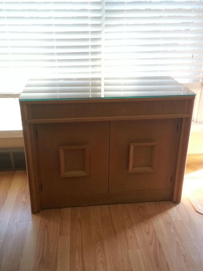 I Have An Expandomatic Table Made By The Saginaw Furniture Shop. I Was  Wondering If Anyone Could Tell Me Approximately How Old And Possibly What  Itu0027s Worth?