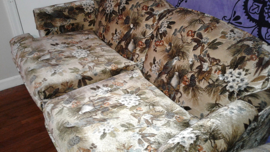 Vintage Kroehler Loveseat It S In Perfect Condition Ugly