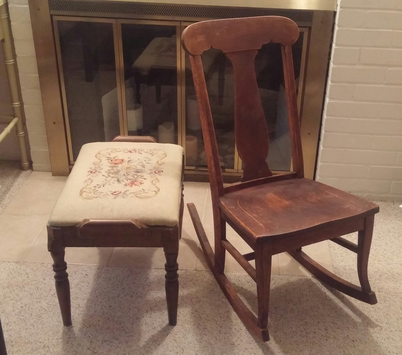i have a rocking chair from the colonial chair co of chicago and