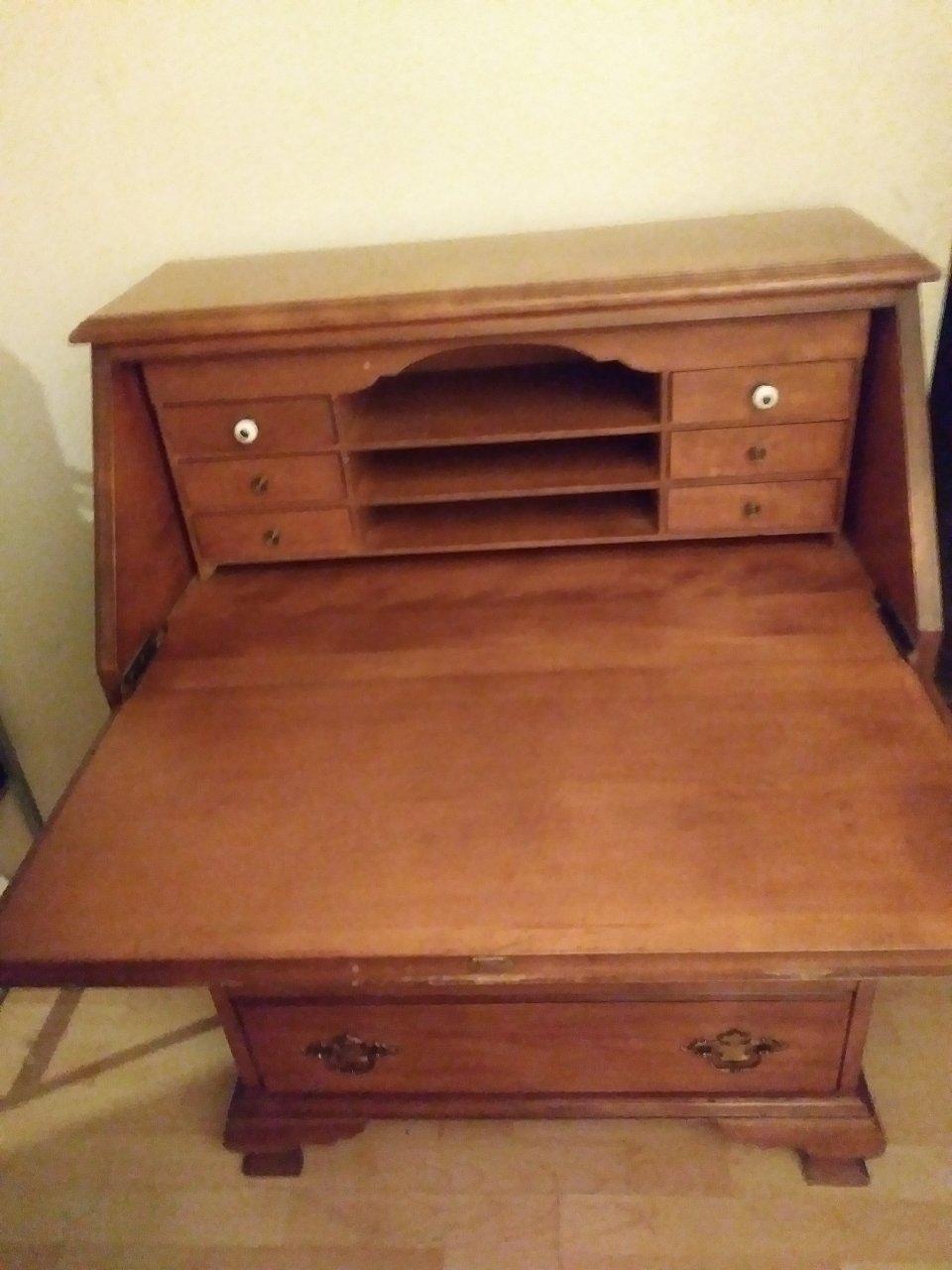 I Have A Jasper Secretary Desk Without A Hutch Desk Only