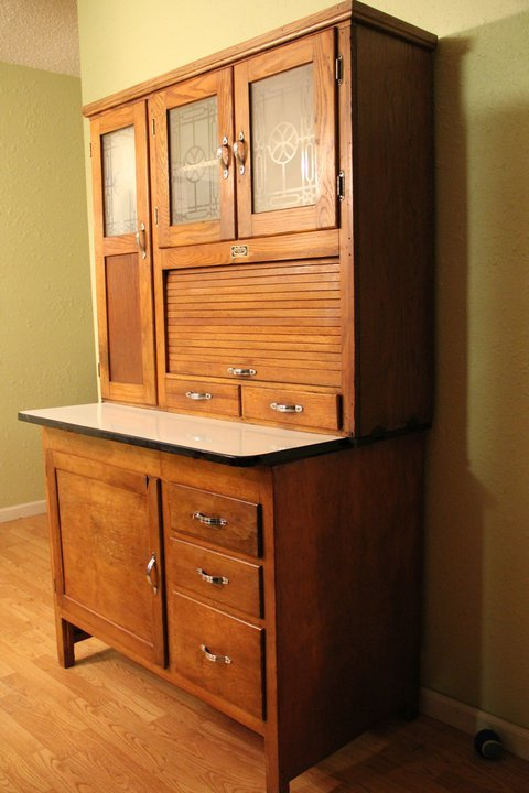 hoosier cabinet value i this hoosier cabinet by sellers we bought it a few 16610
