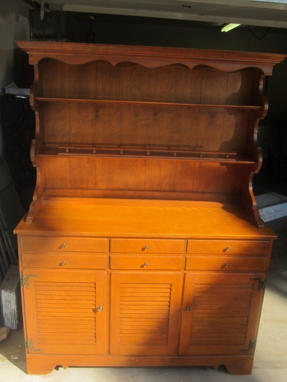 Value Of 1950 S Ethan Allen Buffet Hutch My Antique