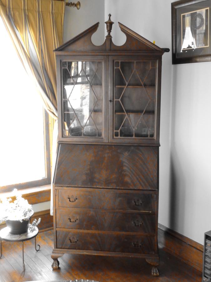 Saginaw Furniture Shops Secretary Hutch Schkinner 4 Years Ago