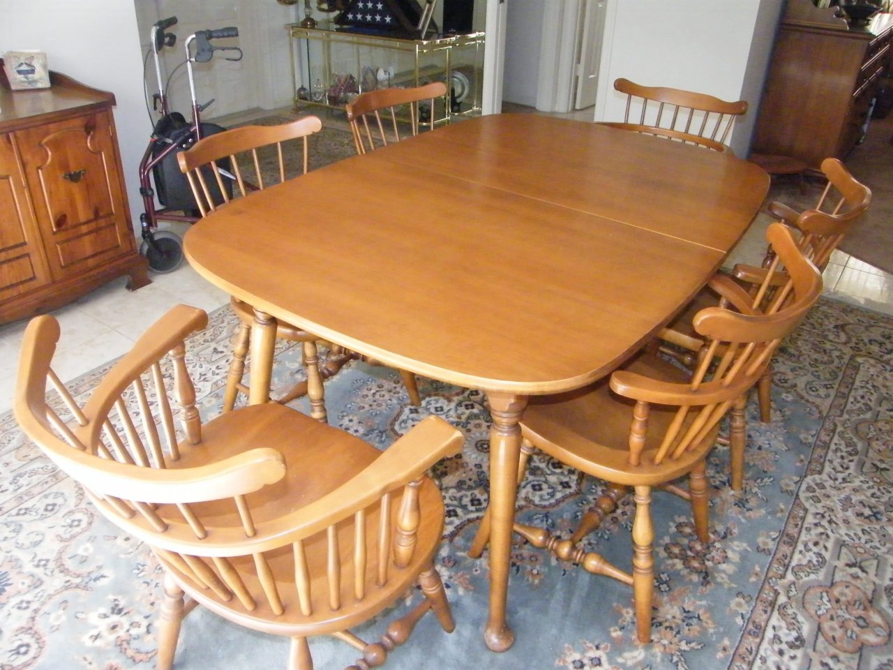Need Resale Price On Beal Dining U0026 Hutch Set Beals Furniture 3 Months Ago