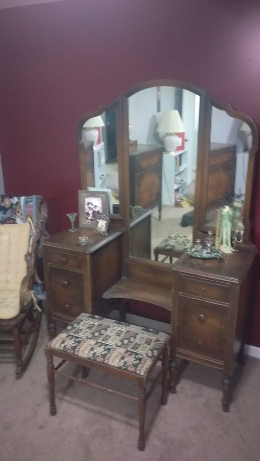 Matching Antique Vanity And Dressing Table My Antique