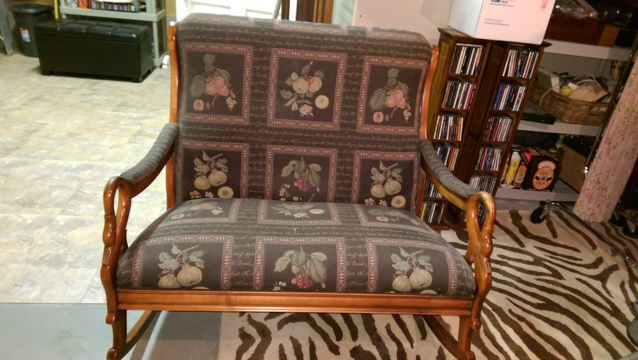 I Have Tried To Research It And Canu0027t Find Any Two Person Settee Like Items  That Are Indoor Rockers. Also, Does It Look Like An Antique To You?