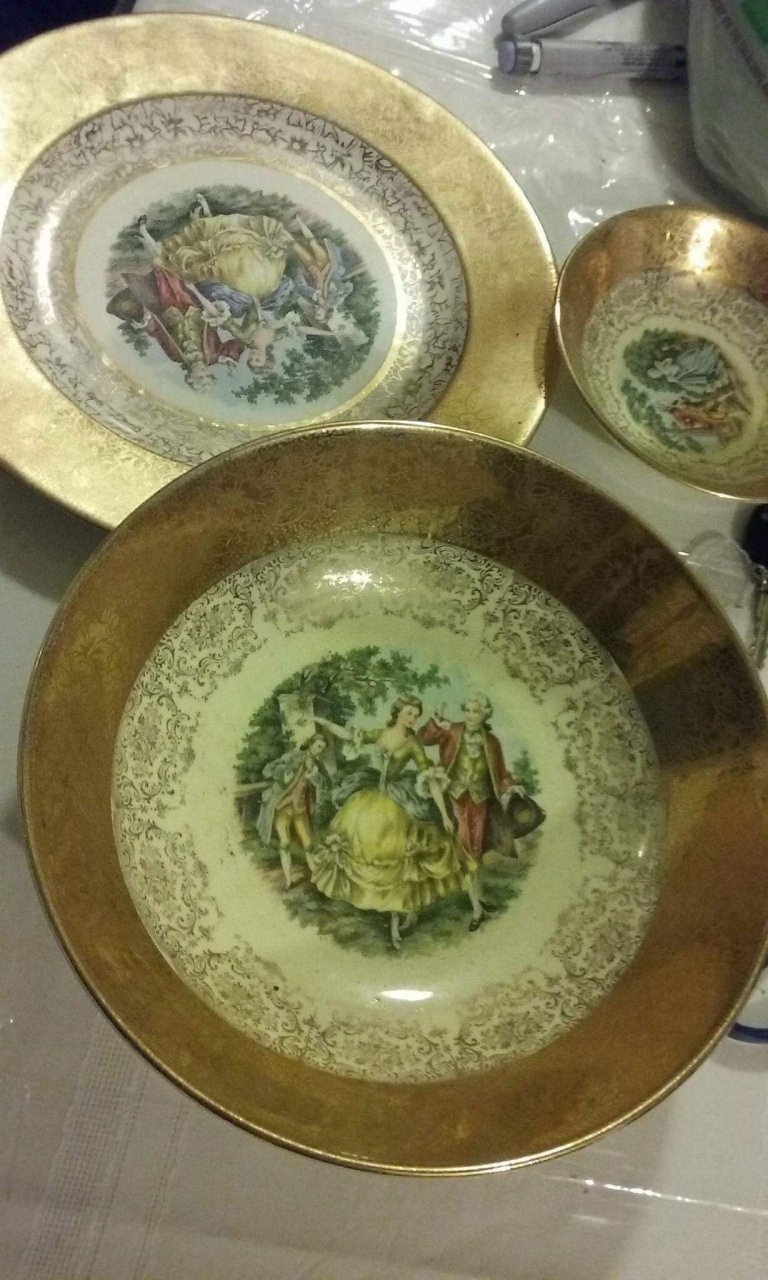 22k Royal China Plate My Antique Furniture Collection