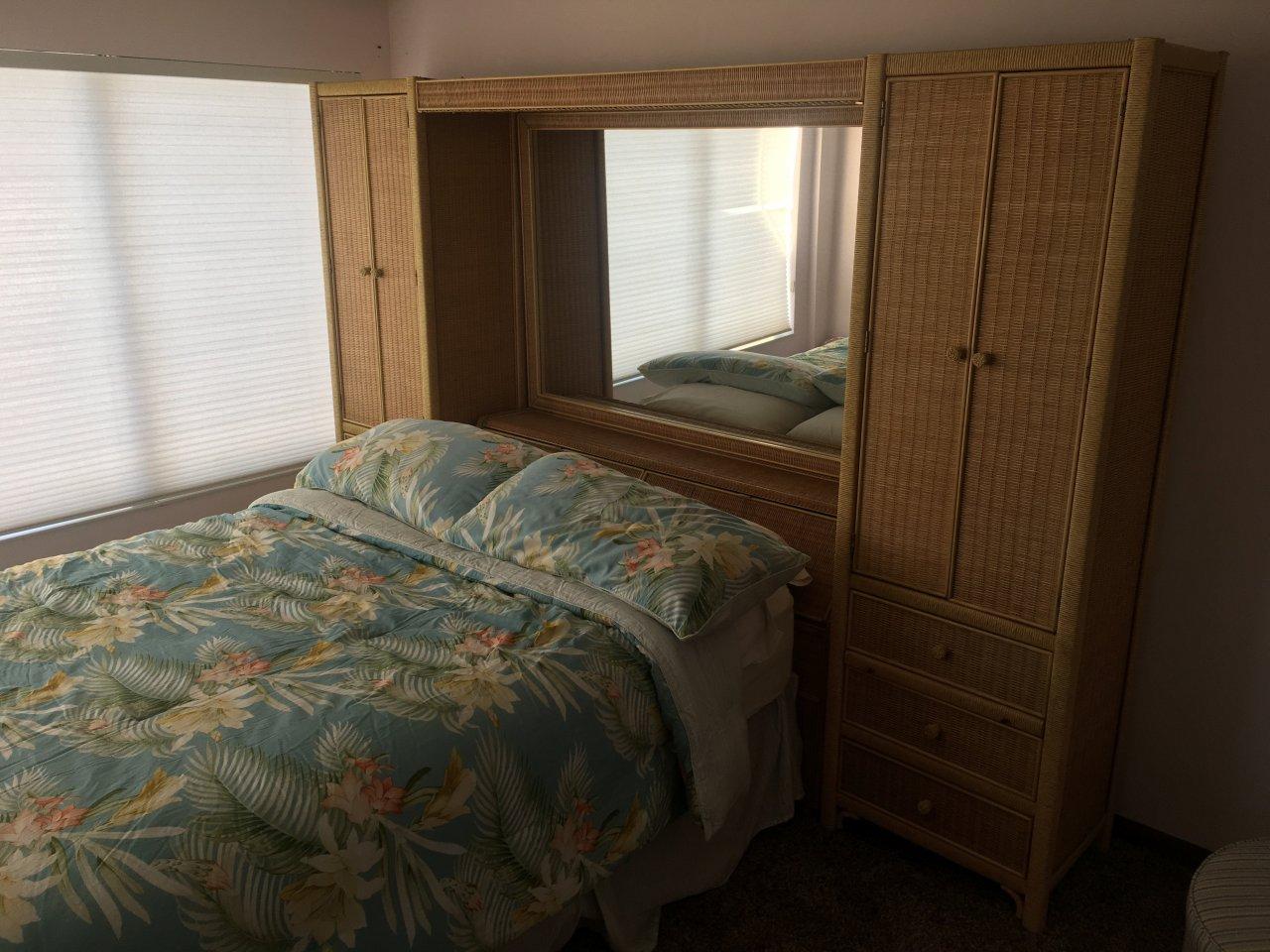 Henry Link Wicker Queen Bedroom Set My Antique Furniture
