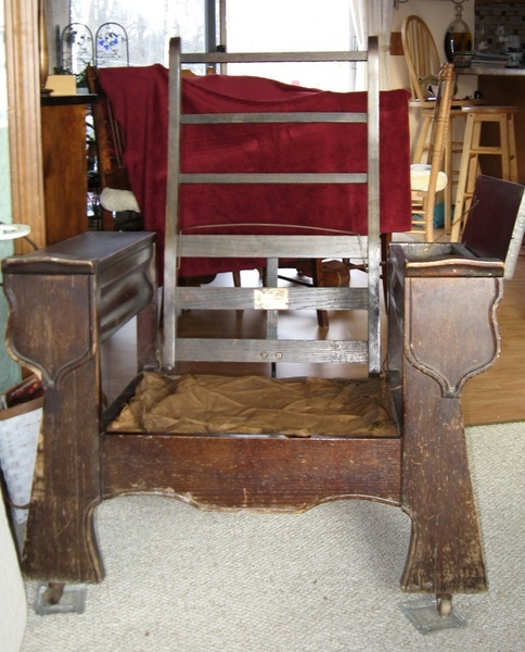 Marvelous All Parts Of The Chair Are Intact But I Need Information On What The  Original Cushions Were Like. Thank You.