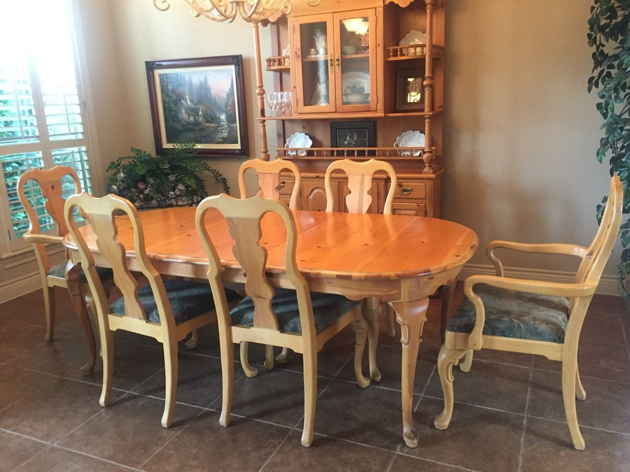 I Am Selling My 1980 S Dining Room Set Link Taylor Pine