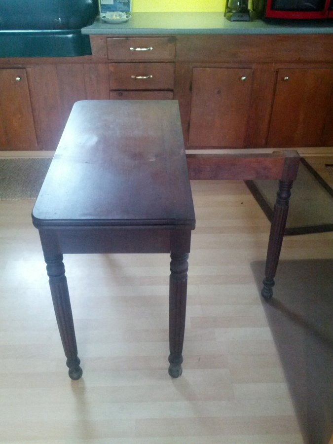 Need Help Identifying An Old Gate Leg Table No Markings