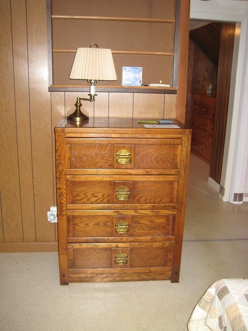 i have in an estate clipper ship by dixie bedroom furniture that also inclu my antique. Black Bedroom Furniture Sets. Home Design Ideas