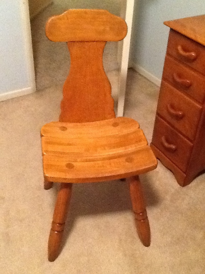 We Have A Kneehole Desk Marked Made In Vermont Beecher