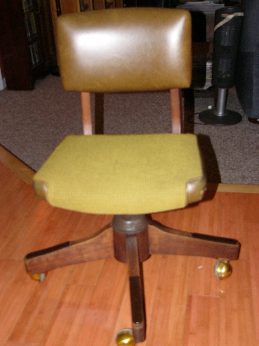 Can You Give Me An Idea Of The Value Of This Alma Desk Company Office Chair...  U003cemailu003e 2 Years Ago