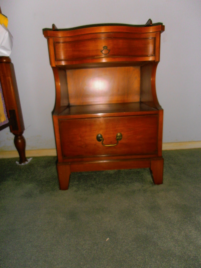 4 Piece Morganton Bedroom Set In Beautiful Condition High Dresser, 2  Nightstands And Full Bed. Would You Know The Value? And Year Made? Thanks