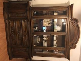 Awesome It Is Very Beautiful And Has Been Well Taken Care Of. All Of The Set Is In  Excellent Condition Except For The Table Has A Few Areas That Would Need  Sanded ...