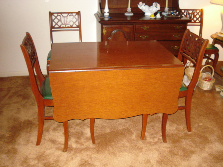 Watertown Slide Table And Four Chairs My Antique