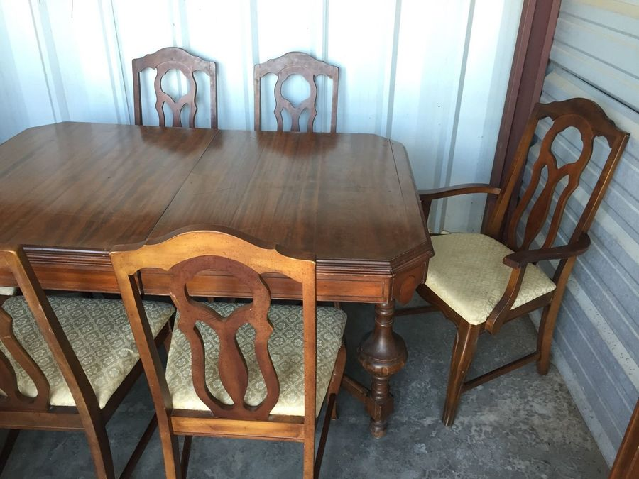 1930 S I Think Walnut 9 Piece Dining Room Set W China