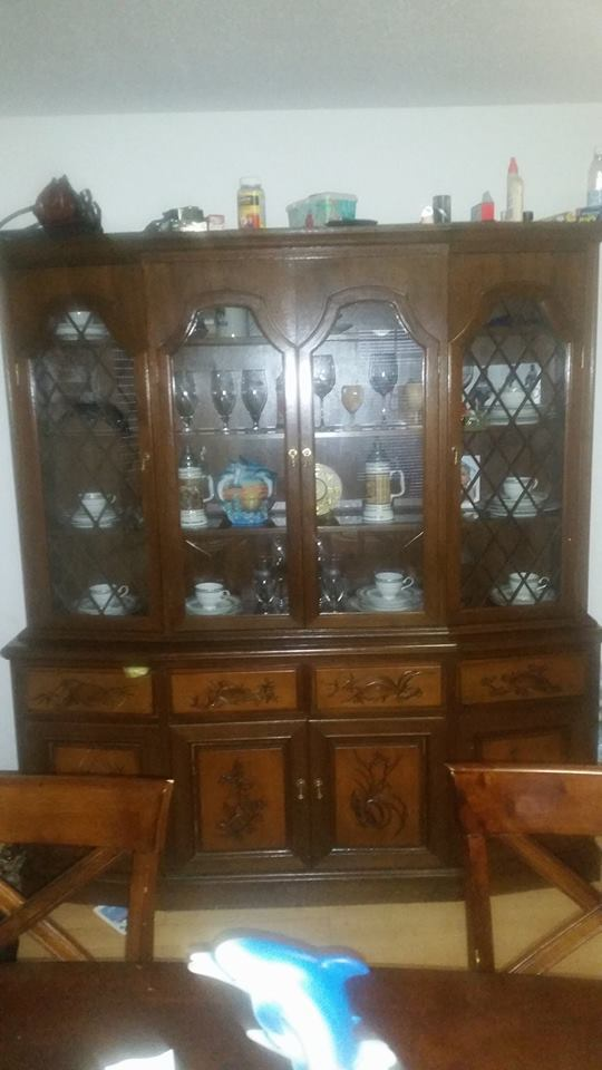 Is This Cabinet Ethan Allen Classic Manor Maple Lighted