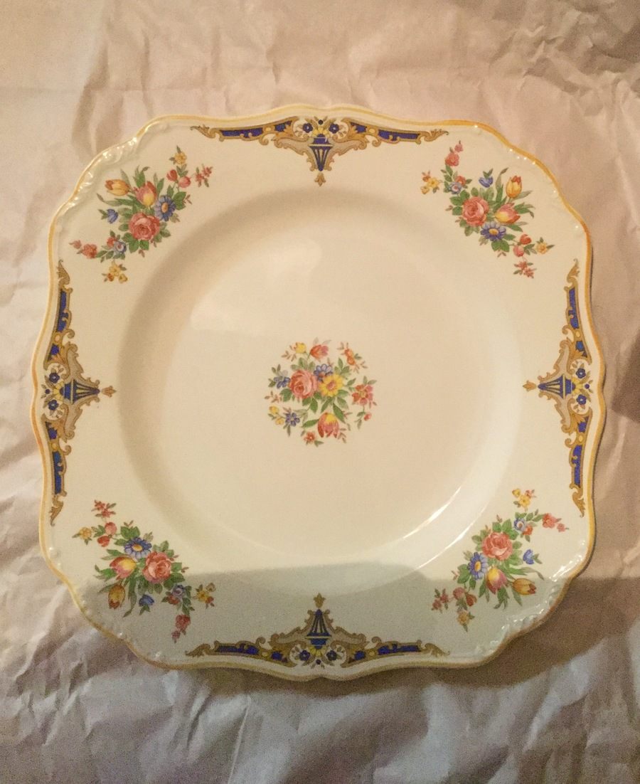 I have a 6 person Ju0026G Meakin  Sandgate  dinner set in mint condition and I was just wondering how much they would be worth? & Ju0026G Meakin 1930u0027s | My Antique Furniture Collection