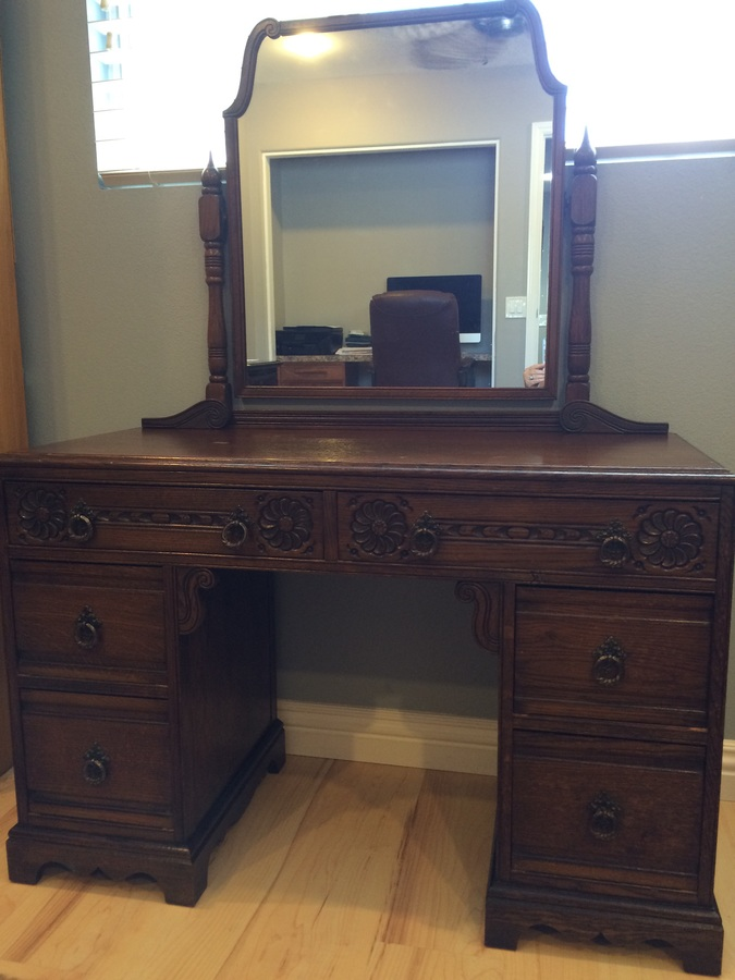 I Have A Dresser With Mirror 2 Side By Side Top Drawers
