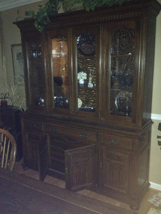 I Have A China Cabinet That Is Ethan Allen. I Believe It Is From The Royal  Charter Collection. I Cannot Find It Anywhere. Iu0027m Wanting To Sell It But  Donu0027t ...