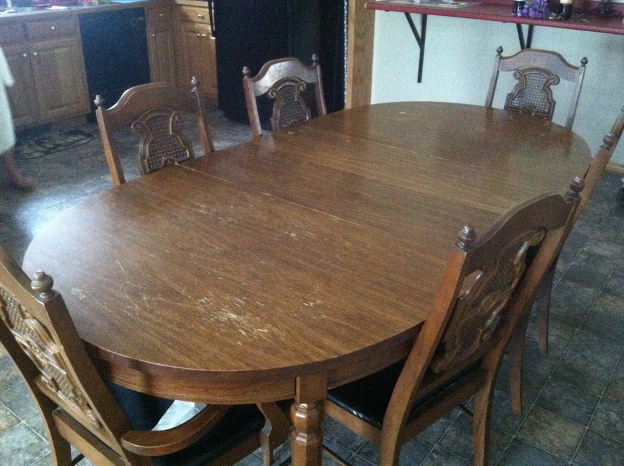 Any Idea How Much This Table With 6 Chairs And Buffet Is Worth Broyhill Lenoir Chair Registry 4139