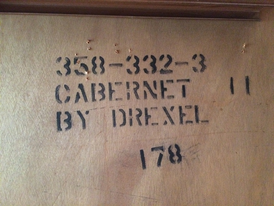 Dining Room Table +6 Chairs Made By Drexel. Cabernet Ll # 358 332 3