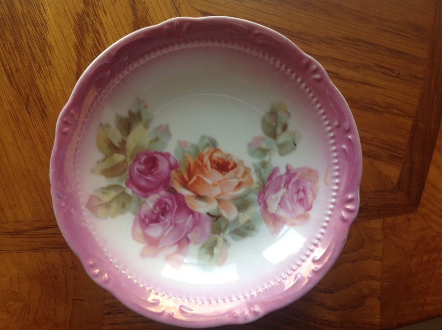 I have 6 OG Germany China plates with pink trim and tea rose pattern. What ... Guest 3 years ago & I Have 6 OG Germany China Plates With Pink Trim And Tea Rose Pattern ...