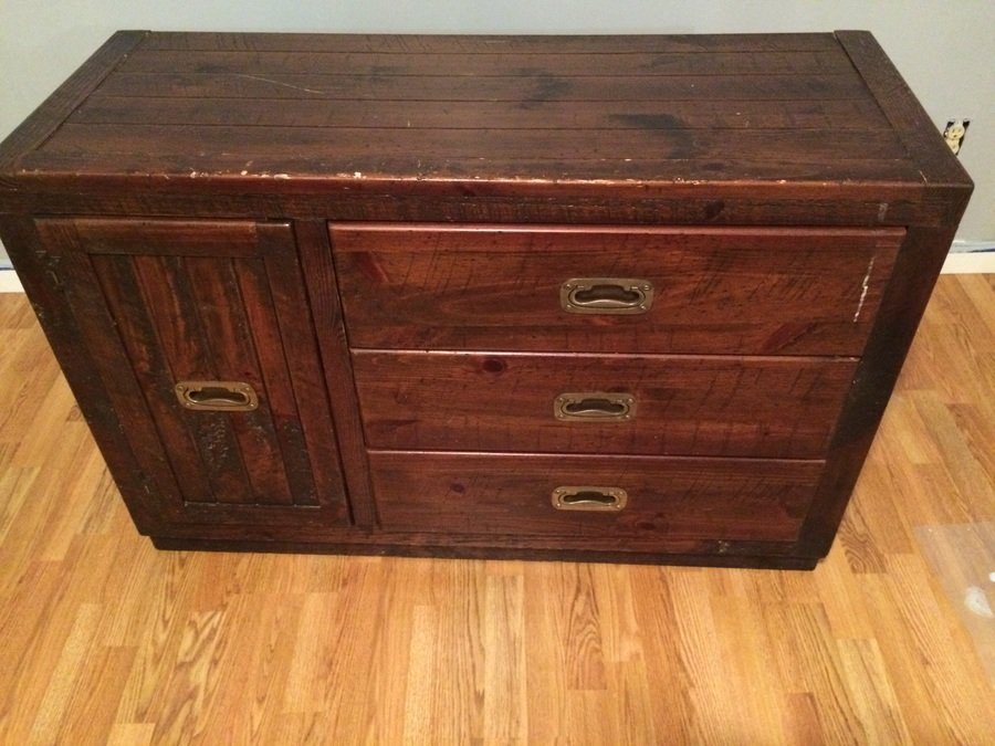 Young Hinkle Dresser And Chest Worth My Antique