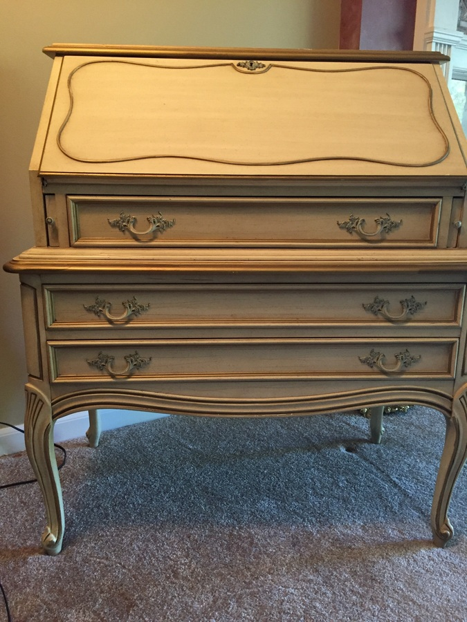 I Have A Dubarry Dixie Secretariat Desk How Much Do I Sell