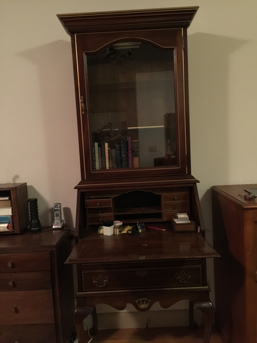 How Can I Determine The Value Of A Secretary Desk? Inside The ...