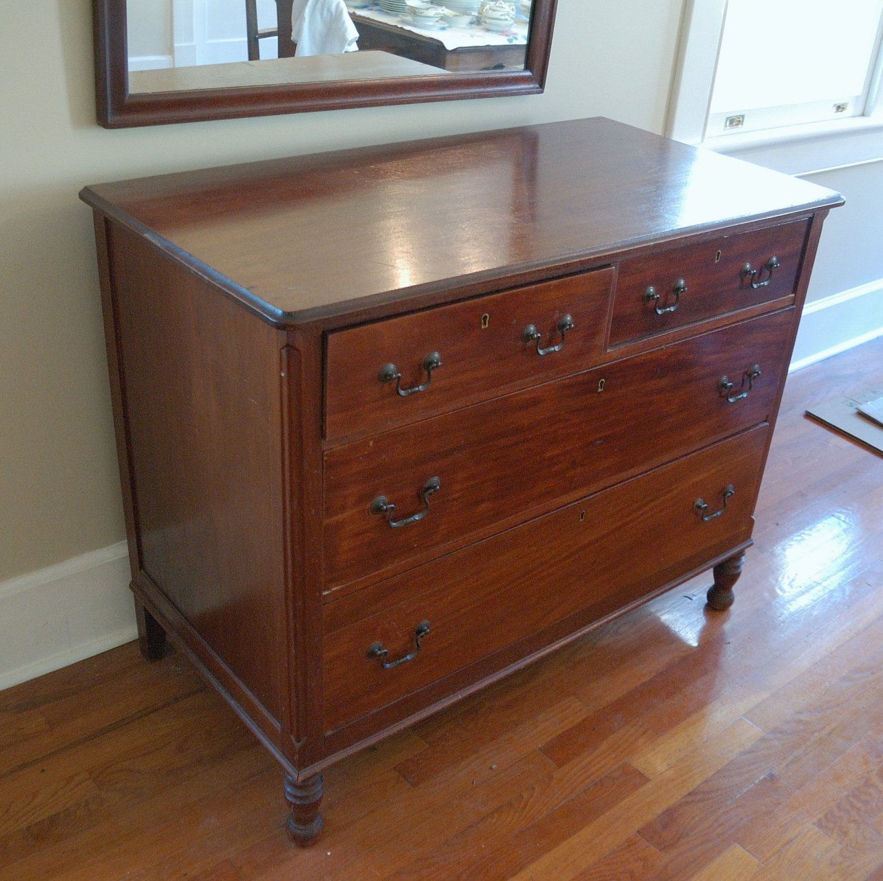 Sligh Furniture Co Grand Rapids Mahogany Chest Of